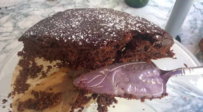 Lazy vegan Recipe: Gooey Chocolate and Prune Cake