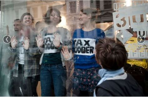Brighton Uncut Topshop Protest (TR on right in blue jumper)