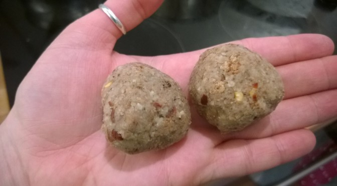 Lazy Vegan Recipe: Chestnut and Chilli Meat(less) balls