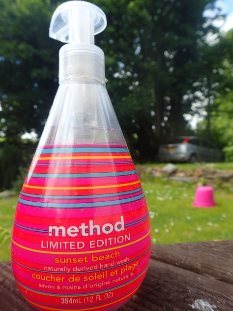 Method sunset beach handwash